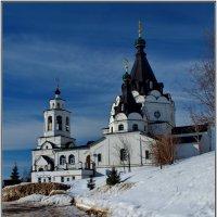 Кострома.Храм Святителя Тихона. :: Олег