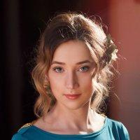 Девушка. :: Валентин Уваров