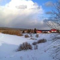 Вот уже вечер, закончились выходные, у нас всё ещё зима. :: Пётр Сесекин