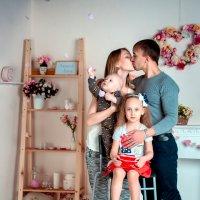 Счастливая семья :: Алёна Куклина