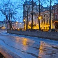 вечерний город в марте :: Елена