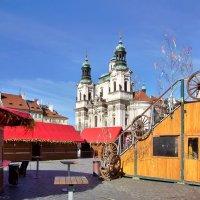Староместская площадь перед праздником весны в Праге :: Денис Кораблёв