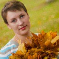 Осенний портрет :: Александр Мезенцев