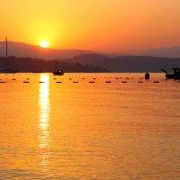 Восход на Эгейском море :: Юля Колосова