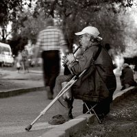 Уличный музыкант. :: Аnatoly Polyakov