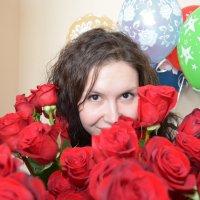 Портрет с розами и шарами :: Сергей Тагиров
