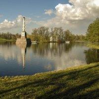 Есть в царском парке пруд... :: Елена Пономарева