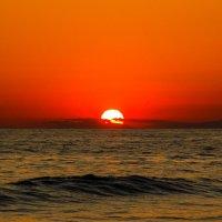 Средиземноморский огненный закат. :: Алексей Агалаков