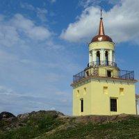 Сторожевая башня на Лисьей горе. :: Елизавета Успенская