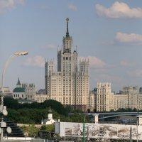 москва,как много в этом звуке :: Олег Лукьянов