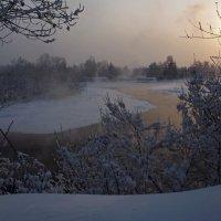Холодно зимой бывало... :: Александр Попов