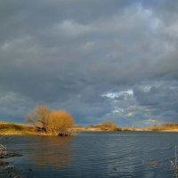 Весенний пейзаж.. :: Юрий Анипов