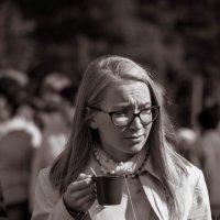 С чашечкой чая. :: Владимир Батурин