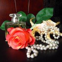 Натюрморт с розой :: Lukum
