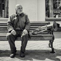 Об уличных музыкантах. :: Анатолий Щербак
