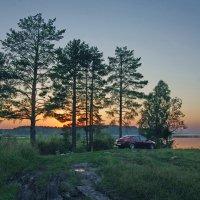 Вечер у озера :: Валерий Талашов