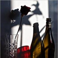 Натюрморт с красным стаканом. :: Евгений Баркин