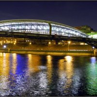 Пешеходный мост вечером :: Михаил