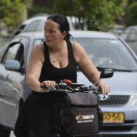 юная велосипедистка :: Ефим Хашкес