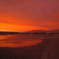 Закат перед песчаной бурей. :: Lukum