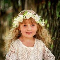 Деревенская девчушка :: Виктория Дубровская