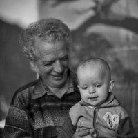 Настя с дедушкой :: Константин Николаенко