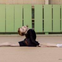 Занятие художественная гимнастика младшая группа :: Юлия Ваулина