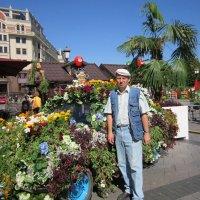 """И старый """"Запорожец"""" весь в цветах :: Дмитрий Никитин"""