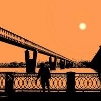 Метромост в оранжевых тонах... :: Рустам Илалов