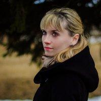 прогулка Ирины :: Анастасия Колмакова