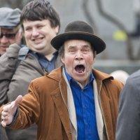 "А-а-а-а!!! (вроде как ""Я-Карузо!) :: Александр Степовой"