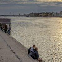 Закат на Адмиралтейской набережной :: Valeriy Piterskiy