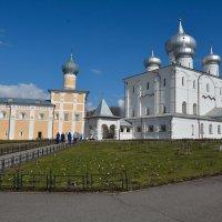 В Варлаамо-Хутынском монастыре :: Константин Жирнов