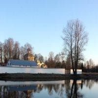 Тихвинский монастырь отражение как в зеркале :: Галина Приемышева