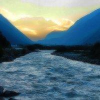 Синяя река желтые облака :: M Marikfoto