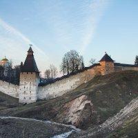 Крепостные стены :: Сергей Залаутдинов
