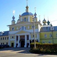 храм в селе Введенье :: людмила дзюба