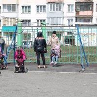 На детской площадке Водяновой. :: Олег Афанасьевич Сергеев
