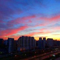 Небо над городом :: Светлана Лысенко