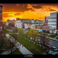 Городской рассвет :: Вадим Климанов