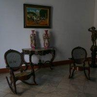 В одной из комнат бывшего дворца графа Ломбильо (1746). Гавана. :: Юрий Поляков