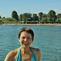 Купание в холодной воде - эмоции :: Елена Назарова