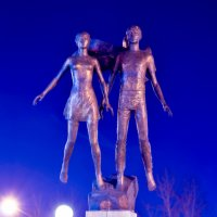 Скульптурная композиция «Студенческая весна» :: Сергей Алексеев