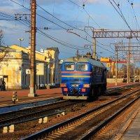 на станции город Тихвин :: Сергей Кочнев