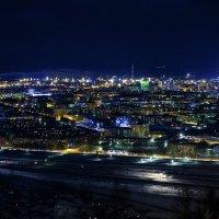 Вид на ночной Новокузнецк. :: Юрий Лобачев