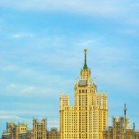 Вид на Раушскую набережную :: Игорь Герман