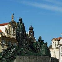 Прага.Памятник Яну Гусу :: Galina Belugina