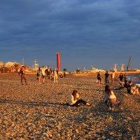 Закат- на пляже Ривьера :: valeriy khlopunov