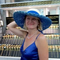 Примерка шляпы :: Елена Байдакова