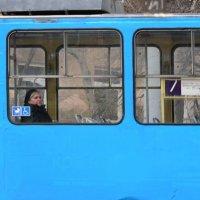 Одна в трамвае :: Николай Мезенцев